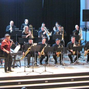 Loretta Hale Big Band Featuring Andre Bisson